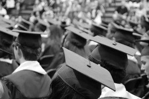 לימודי תואר אל מול לימודי תעודה